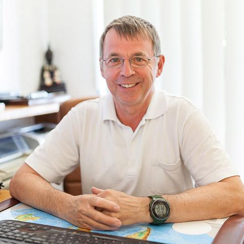 Herr Dr. med. Günter Weber