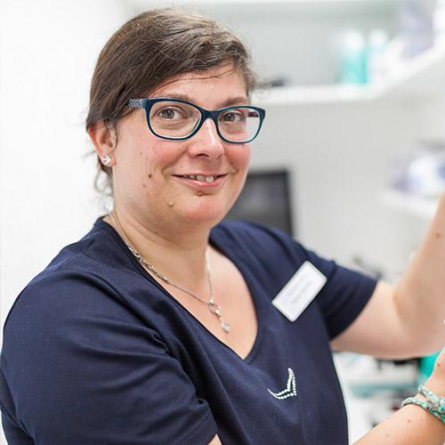 Frau Sabine Schreiber